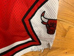 100% Authentic Chicago Bulls Nike Vintage Game Shorts Size 36 NBA OG VTG RARE
