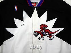 1997-98 Toronto Raptors #3 Game Used Black Warm Up Jacket DP04810