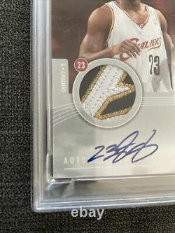 2004 SP Game Used Lebron James Patch Auto /50 PSA Authentic READ