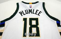 2016-17 Milwaukee Bucks Miles Plumlee #30 Game Used Green Jersey DP01050