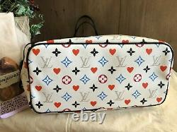 Authentic Louis Vuitton Game On Neverfull MM White Used once MINT condition