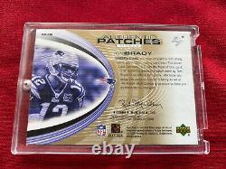 2004 Upper Deck Sp Jeu Utilisé Tom Brady Jeu Écrit Des Patches Authentiques 30/100
