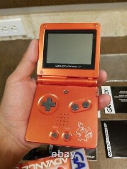 Charizard Pokemon Nintendo Game Boy Advance Sp Nyc Center (authentique)