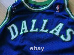 Dallas Mavericks Blanc Pro Cut Jeu D'équipe Émis Maillot Authentique 46 +6 Champion