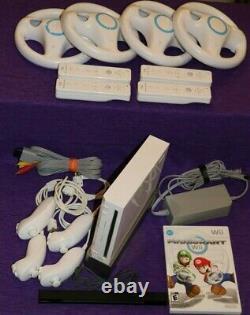 Nintendo Wii Console Rvl- 001 4-player Bundle Mario Kart 4 Contrôleurs 4 Roues